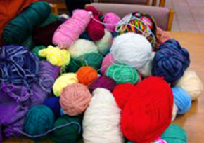 pile-of-yarn-smaller